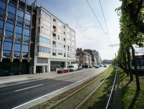Het appartement is goed gelegen op de stadsring in Gent. op minder dan 1km van Sint-Pieterstation en 2,8 kilometer van de oprit van de autostrade, op