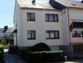 Charmante maison dans rue calme à l'entrée du Village de Guerlange.Elle se compose d'un hall d'entrée, un séjour, une cuis