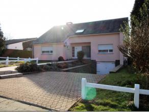 Immo3f a le plaisir de vous présenter cette agréable villa pleine dauthenticité.<br /> De  Plain-pied elle est idéalement