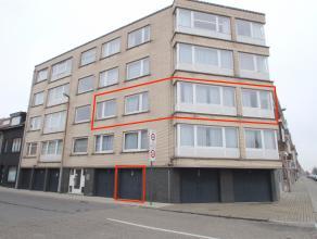 Uitstekend gelegen instapklaar appartement met veel lichtinval aan de stadsrand van Sint-Niklaas.De goede ligging aan de stadsrand van Sint-Niklaas na