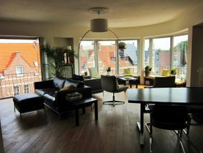 Dit gerenoveerde en eveneens trendy appartement is gelegen aan het stadspark van Sint-Truiden, vlakbij het openbaar vervoer, allerlei scholen en het c
