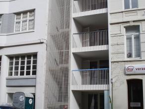 3 splinternieuwe en perfect opgeleverde appartementjes, gelegen aan het station en nabij de winkelstraat. Elk appartement heeft 2 terrassen (vooraan e