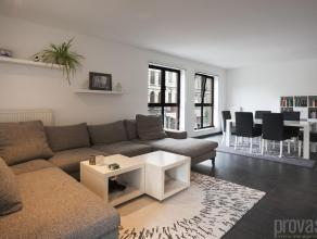 """Schitterend drieslaapkamerappartement van ca 118 m² op de eerste verdieping van de realisatie """"I-LO"""", gelegen op de hoek van de Napelsstraat en d"""