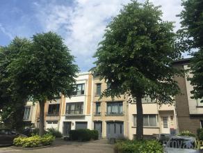 Appartement van ca 72 m² in de Arthur Matthyslaan. Vlak naast het Te Boelaerpark, is dit een zeer aangename locatie waar rust en groen troef zijn