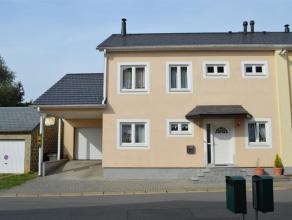 Superbe maison récente très bien isolée divisée en deux logements, située dans un quartier résidentiel d'Ath