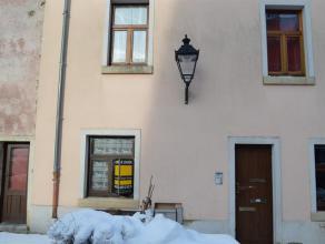 Bel appartement au rez-de-chaussée en plein centre d'Arlon (quartier Saint-Donat), proche du centre ville. Le bien comprend une cuisine &eacute