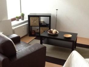 Appartement situé en plein centre d'Arlon situé au deuxiéme étage sans ascenseur, comprenant un salon, une cusine é