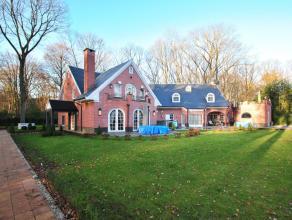 Luxe villa met uitgebreide wellness voorzieningen en verwarmd zwembad te Kapellenbos, recent vrijwel volledig en luxe gerenoveerd en omvat o.a. 2-3 sl