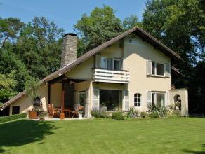 'Villa Eikdael' - Wonen in het groen - Rust, ruimte en volledige privacy! Deze perfect onderhouden en instapklare luxueuze villa ligt op é&eacu