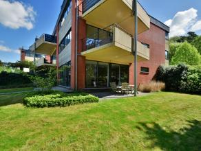 Centraal gelegen modern gelijkvloersappartement met grote tuin in residentie Heather Park, nabij het centrum van Heide.