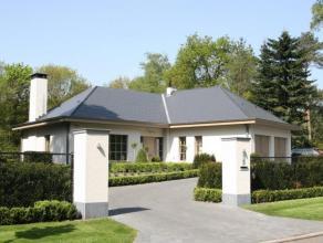 Luxueuze recentelijk volledig gerenoveerde villa op een perceel van ca. 2.145 m² te Kalmthout  Heide.