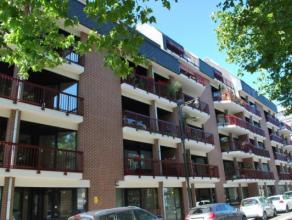 Situé sur le Bd intérieur et à deux pas du centre-ville, spacieux appartement 2 chambres de plus de 100m² rénov&eacut