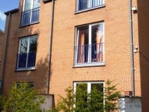 Chaussée de Binche, 48C/24 à 7000 MONS. Appartement situé au deuxième étage de l'immeuble, en face de l'UCL Mons et
