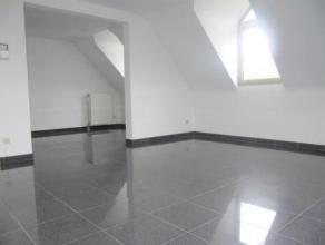 """Rue de Nimy, 65 à 7000 MONS. Appartement situé au 4ème étage de la Résidence """"Le Cinq Pintes"""", composé d'un"""