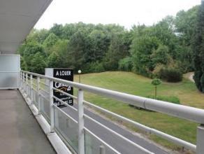 Parc de la Sablonnière 211 à Mons. Idéalement situé, à proximité de toutes commodités (commerces, arr