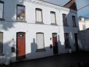 Rue Henri Glépin 19 A à Mons. Agréable maison, située à proximité des transport en communs et des commerces,