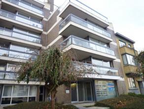 MAASTRICHTERSTEENWEG 145/7:<br /> Ruim, instapklaar appartement met 3 slaapkamers gelegen op wandelafstand van het centrum.<br /> <br /> Indeling: Ver