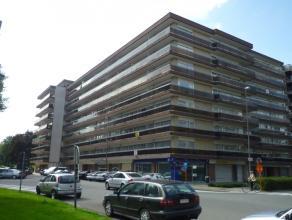 """SINT-KATARINAPLEIN 20/26 """"Residentie Planckenweide"""":<br /> <br /> Bemeubeld appartement op de 7de verdieping met 2 slaapkamers en 2 vernieuwde terrass"""