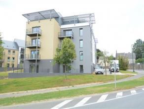 Arlon, très bel appartement neuf lumineux de 91 m² composé comme suit: hall entrée, vaste séjour lumineux ouvert sur