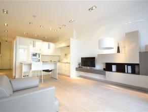 Au sein dun superbe ensemble immobilier de standing, à proximité du centre dArlon et des grands axes, nous vous proposons un appartement