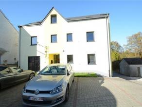 Arlon, au 2ème étage d'une résidence de 5 unités, splendide appartement lumineux de 148 m² composé comme suit: