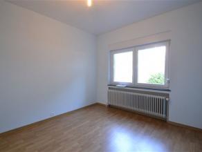 Arlon, à proximité de la gare et au calme, studio de 50 m² composé comme suit: salon, cuisine, chambre séparée