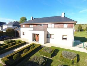 Barnich, à proximité de la frontière luxembourgeoise et de l'école communale, splendide villa construite sur 2 terrains &a