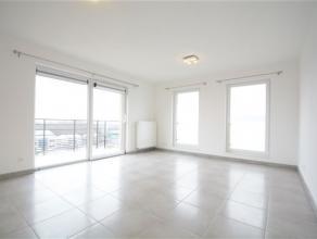 Arlon, très bel appartement neuf de 80 m² composé comme suit: hall d'entrée, séjour lumineux, terrasse cuisine &eacut
