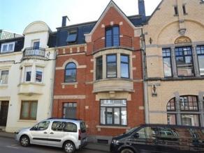 Arlon à proximité de la gare, splendide maison de maître composée comme suit: hall d'entrée, vaste séjour ave