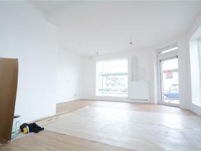 Arlon, splendide surface commerciale neuve de 50 m² avec très belles finitions, grandes vitrines, parking aisé. A venir faça