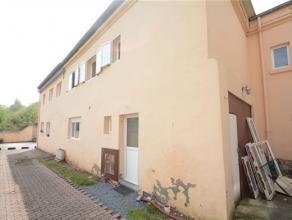 Arlon centre ville, bonne maison d'habitation sans jardin composée comme suit: niveai0: hall d'entrée, séjour, cuisine, 2 chauffe