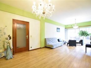 Arlon, à deux pas du centre ville et à proximité de la gare, lumineux et spacieux appartement de 130 m² composé comme
