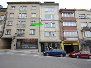 Arlon, agréable appartement de 80 m² situé au 2ème étage d'une petite résidence avec ascenseur. Ce bien est co