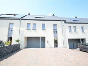 Arlon, bonne maison d'habitation de 2010 composée comme suit: niv -1: séjour, cuisine équipée, buanderie, cave. Niv 0: gar