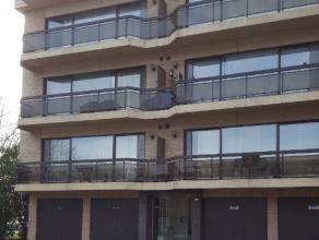 Van Brouchovenstraat 1, 9120 Beveren-Waas Ruim, licht appartement op de 3e verdieping. Op wandelafstand van het openbaar vervoer en winkelcentrum. Ink