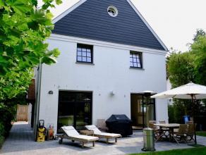 Zeer mooie en kwaliteitsvolle nieuwbouw villa op topligging in massieve houtbouw, wat garant staat voor een zeer goede isolatie (volledige wanden in h