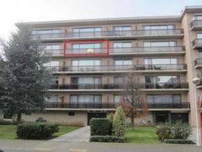 Charmant appartement met gunstige centrale ligging Zéér rustig gelegen en op wandelafstand van de dorpskern. Mooie parketvloer over het