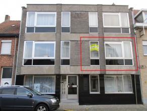 Mooi onderhouden appartement vlakbij het station De Grote Markt is op wandelafstand te bereiken. Het appartement is ingedeeld als volgt: inkomhal, woo