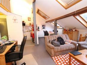 VERVIERS, beau petit appartement, idéal pour un couple ou une personne seule, située au 3ème et dernier étage d'un b&acirc