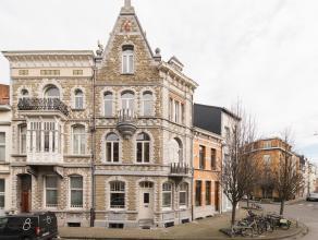 Deze welgelegen burgerwoning (1909) in eclectische stijl  met unieke façade is gunstig gelegen binnen de singel te Berchem/Antwerpen nabij het