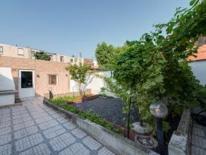 Klein beschrijf mogelijk ! Deze woning met 4 slpks heeft een bewoonbare oppervlakte van ca. 137 m² en is gelegen in een rustige en aangename wijk