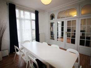 Quartier Place du Béguinage - Spacieux appartement de +/- 115m² meublé - Hall d'entrée - lumineux séjour de +/- 33m&s