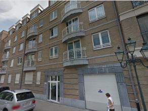 Saint Josse limite Bruxelles - Immeuble année 2000 - Superbe appartement de +/- 100m² en parfait etat -Hall d'entrée de +/-7M²