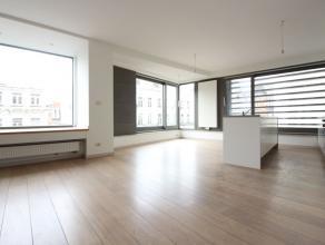 Au coeur de Bruxelles - Entièrement rénové avec des matériaux de qualité - Superbe appartement de +-127m² comp