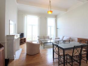 A deux pas du square Ambiorix, sur l'avenue Palmerston, splendide appartement une chambre avec mezzanine entièrement équipé et me