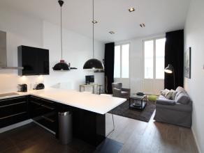 Place Sainte-Catherine - Bel appartement meublé entiérement rénové de +/-90m² - Spacieux et lumineux living de +/- 30