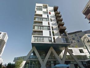 Quartier européen/Place Jourdan - Superbe studio meublé de +-35m², se compose : d'un hall d'entrée avec vestiaire, pi&egrave