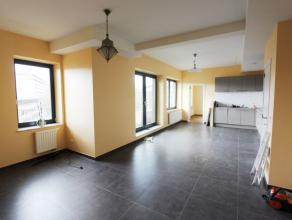 Parc Schuman /Marcel Thiry - Appartement de +/- 90m² avec 2 chambres + parking - Magnifique appartement, de confort moderne, se composant comme s