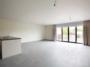 """Prachtig nieuwbouwappartement gelegen op de 1ste verdieping. Wonen doet u hier op wandelafstand van het """"Te Boelaerpark"""" en """"Boekenbergpark"""". Ook wink"""