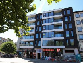 Dit luxueuze appartement is gelegen op de 3de verdieping van Residentie Square op de Grote Markt van Beveren.  Het appartement heeft volgende indeling